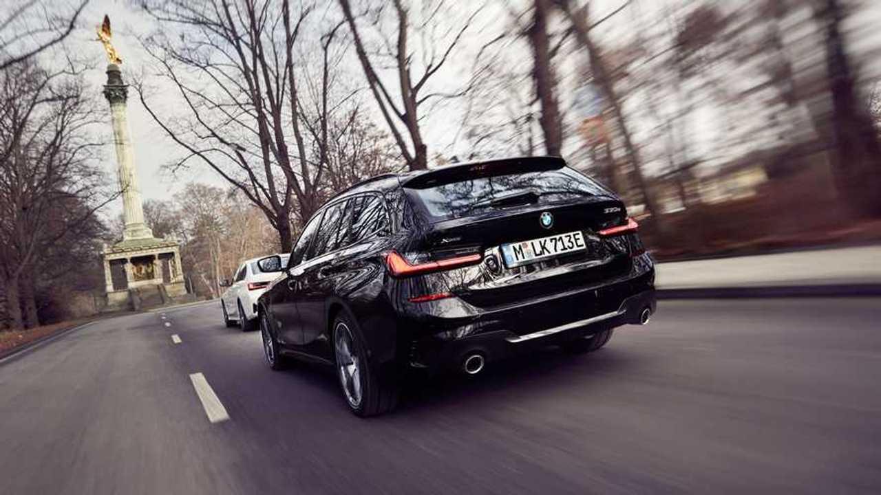 BMW 330e Touring 2020