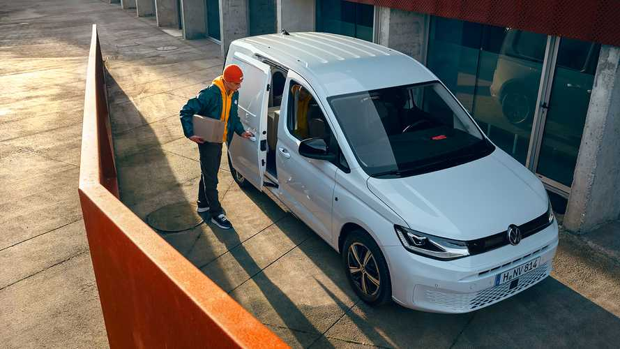 Volkswagen объявил цены новой Caddy для России
