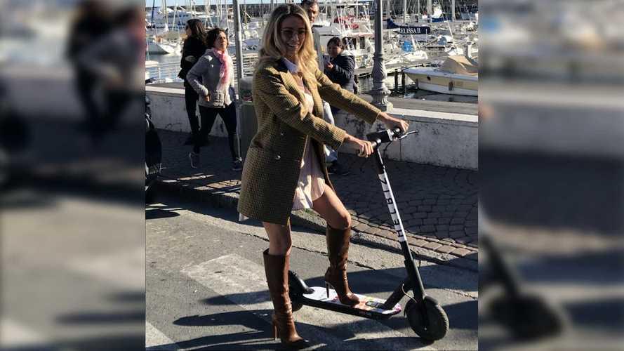 Sanremo, i monopattini elettrici Helbiz al Festival con Diletta Leotta
