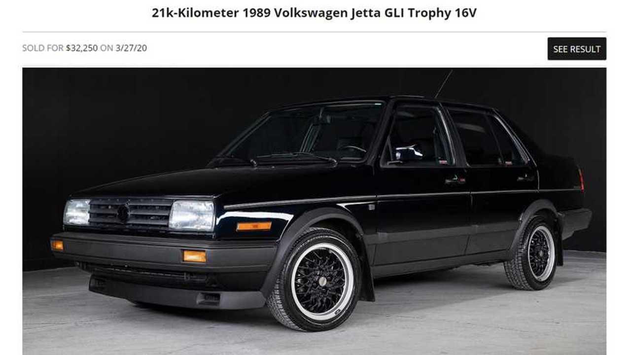 Alguien acaba de comprar un VW Jetta de 30 años por más que un nuevo GLI 15