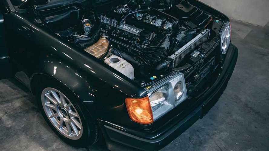 Eladó az autóipar Frankenstein-szörnye: BMW-motor egy Mercedes vázában