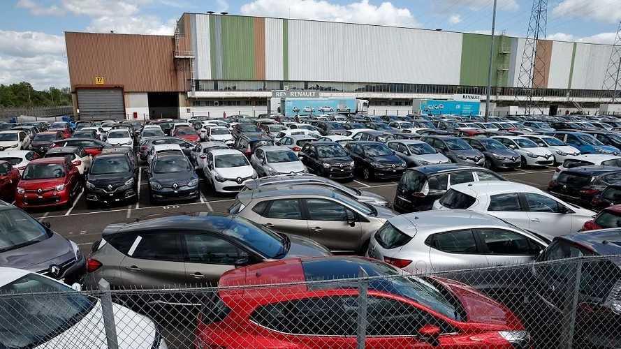 Fransa'da otomobil satışları COVID-19 dolayısıyla çakıldı