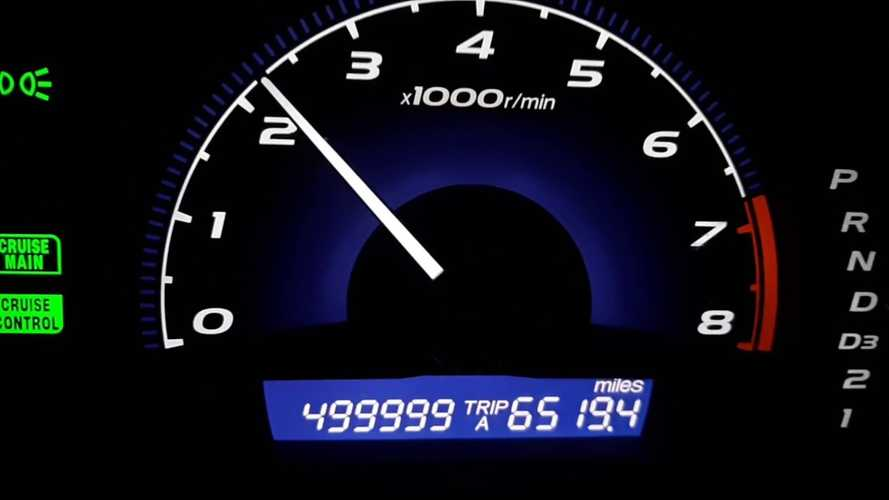 See 2011 Honda Civic Hit 500,000 Miles Without Any Major Repairs
