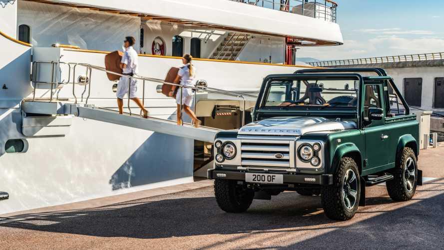 Land Rover Defender By Overfinch, un vecchio classico dal cuore a V