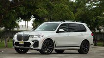 BMW X7 xDrive50i: Pros And Cons