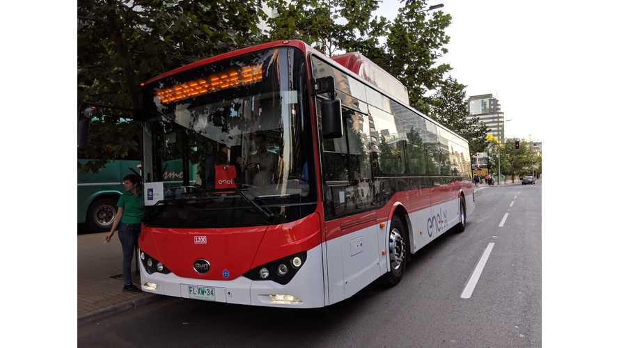 We Take a Ride In A BYD Electric Bus In Santiago, Chile
