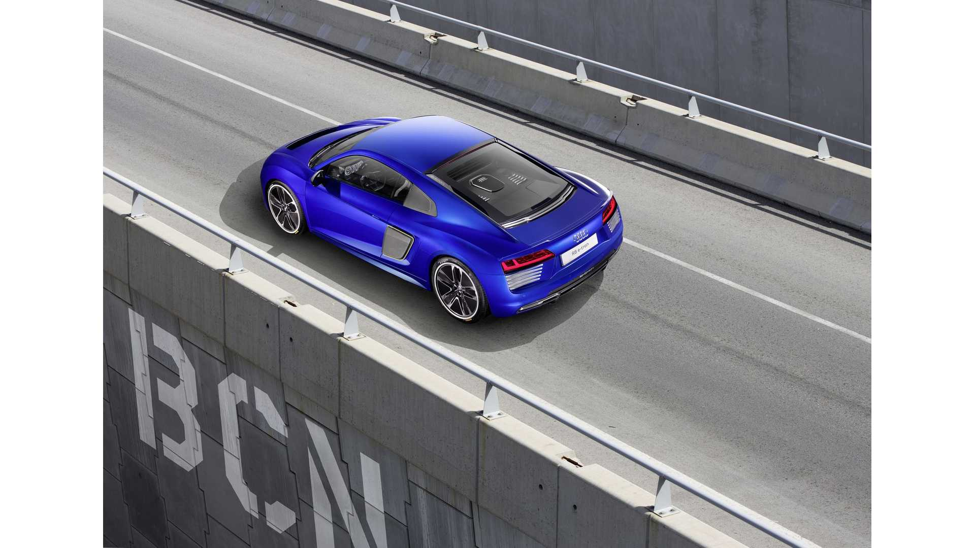 Audi R8 E Tron In Detail