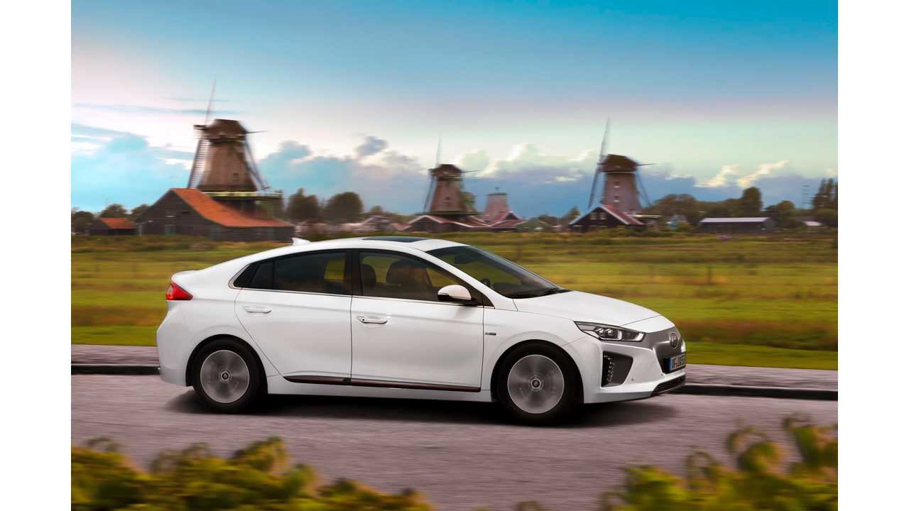Hyundai Ioniq Electric And Yes Another Example Of The Windmill Scourge Following