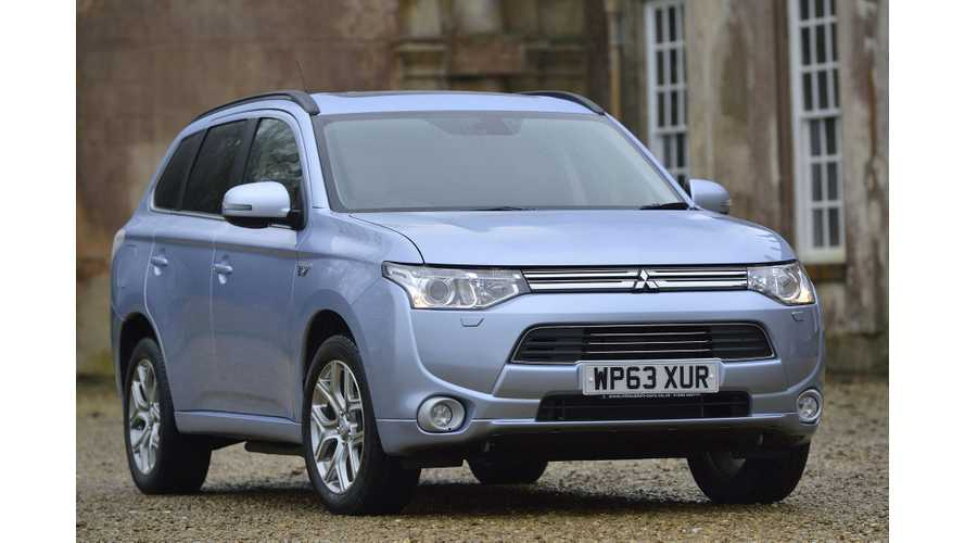 Mitsubishi Outlander PHEV Wins Business Car's Green Award For Being Fleet Game Changer