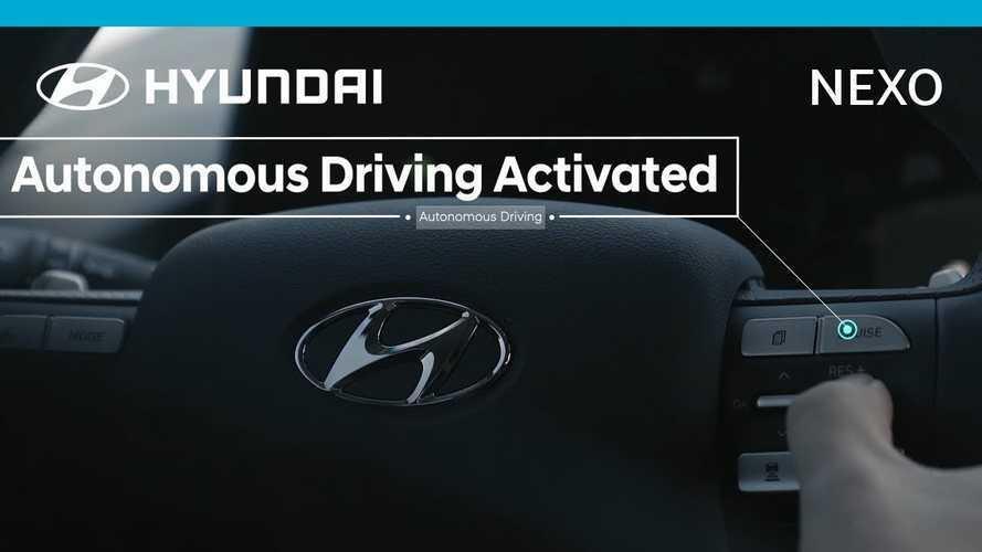 Hyundai Nexo Self Drives 118 Miles - A Fuel Cell First