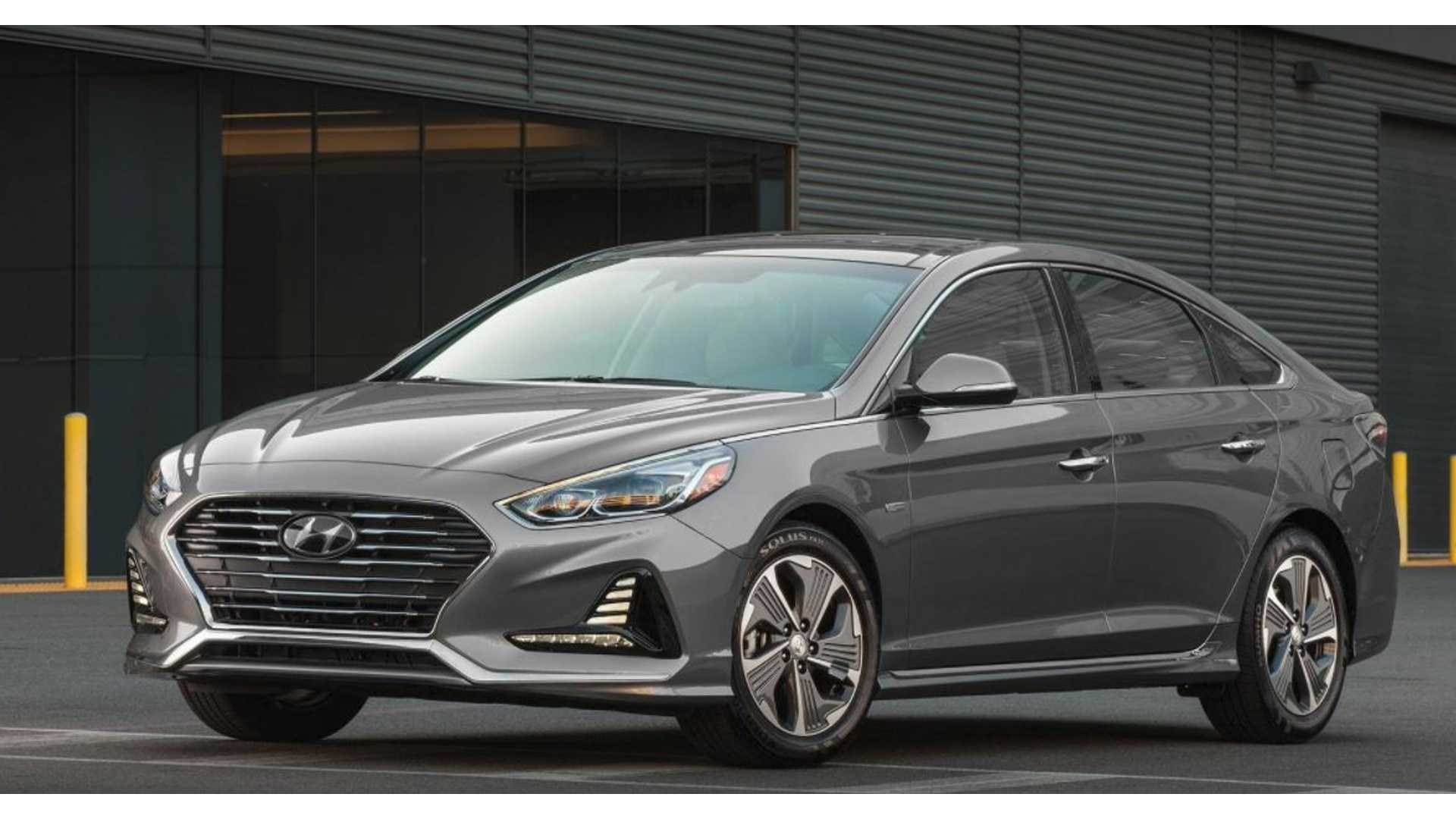 Hyundai Reveals Details On New 2018 Sonata Plug In Hybrid Electric Range Remains 27 Miles