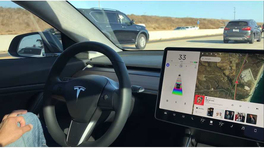 Tesla Model 3 On Autopilot In Heavy Stop-Go Traffic - Video