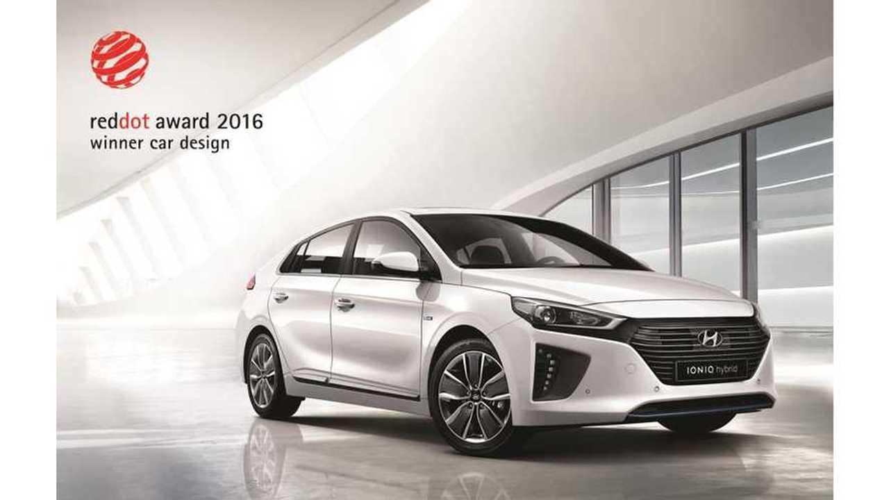 Hyundai IONIQ Wins Prestigious 2016 Red Dot Design Award
