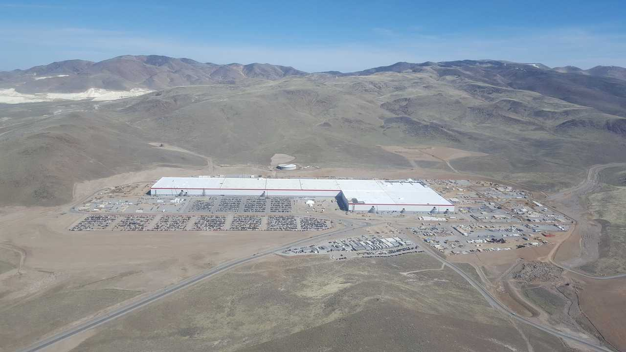 Tesla Gigafactory - Lots Of Money To Construct This