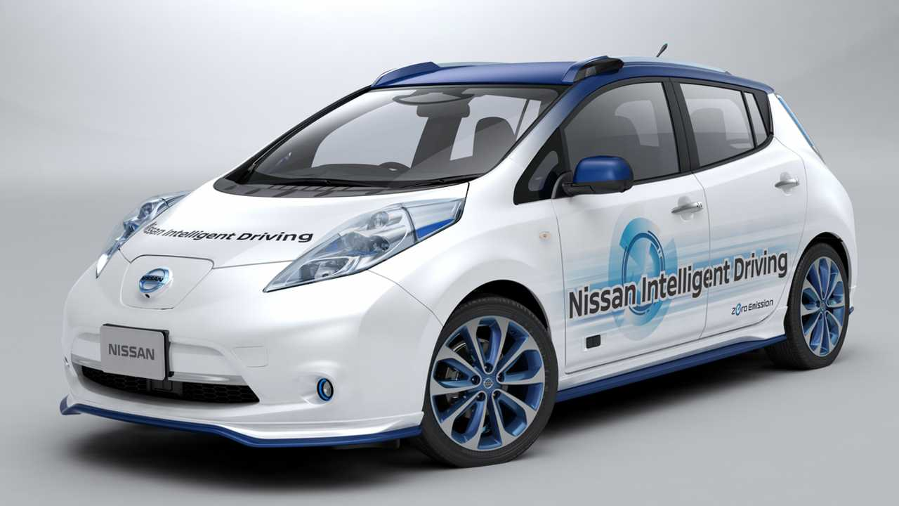 Nissan Piloted Drive Coming To Japan In Late 2016 (Prototype shown)