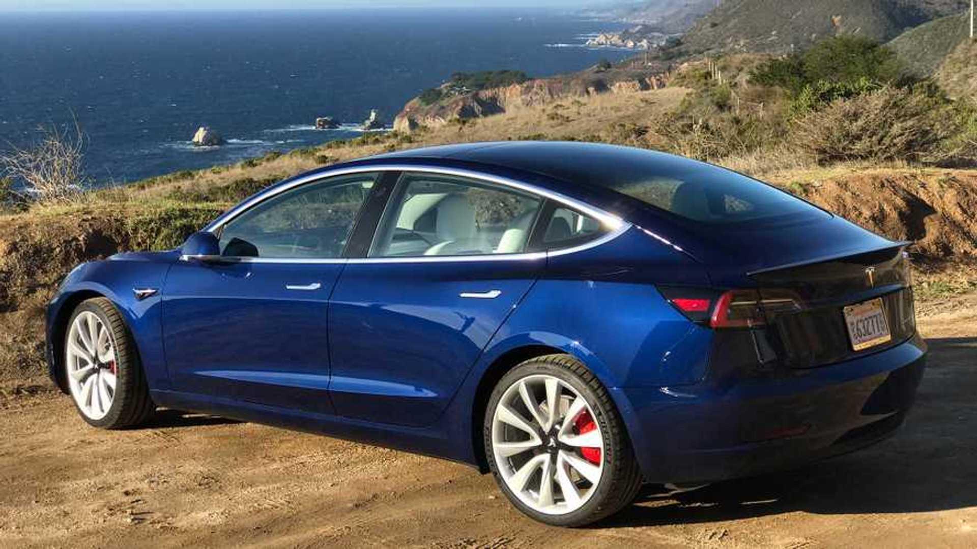 Tesla Model 3 / Hyundai Kona Electric Help Canada Achieve 100K EVs