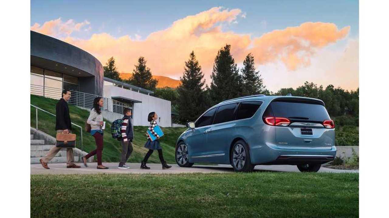 Chrysler Says Pacifica Hybrid Has 31% Less Impact On Environment Than Previous Gen Minivan