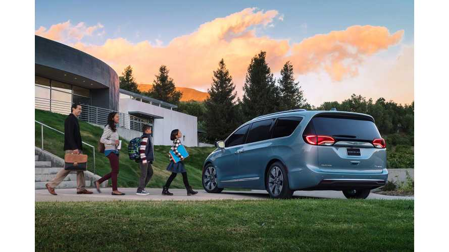 Chrysler Says Pacifica Hybrid Has 31% Less Impact On Environment Than Previous Gen Minivan
