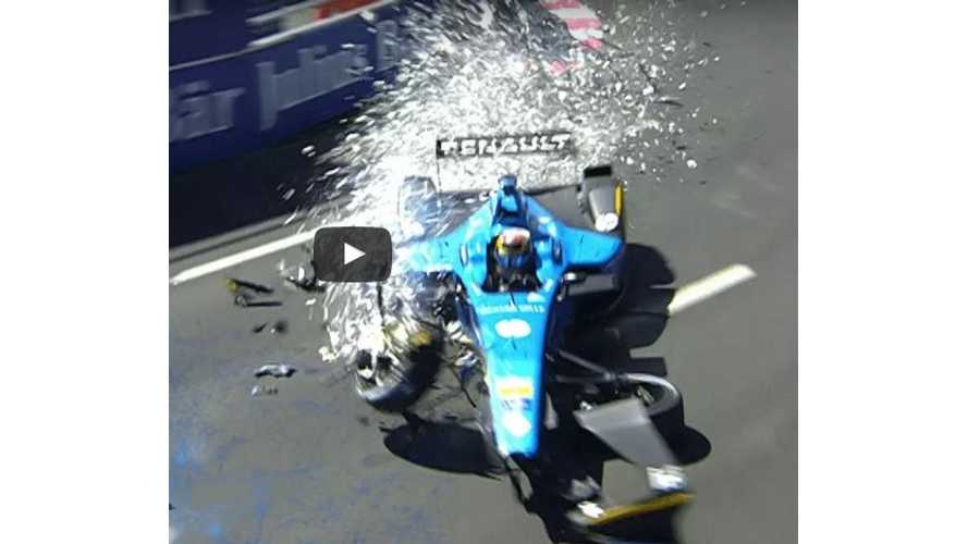 Crashes, Spins, Slides & More From Final Race Of 2017 Formula E Season - Video