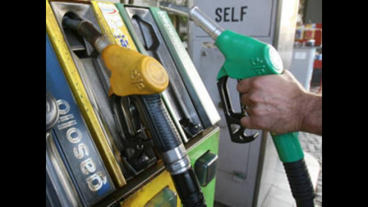 [Copertina] - Sciopero benzinai 4-5 agosto rinviato a settembre
