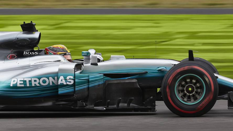 Japonya GP'de Mercedes en ön sırada