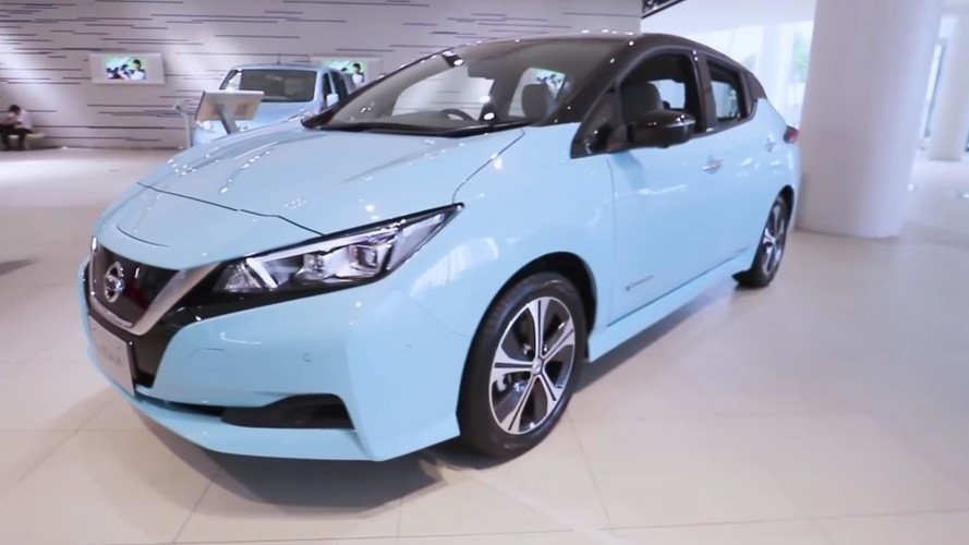 2018 Nissan Leaf screenshot from walkaround video