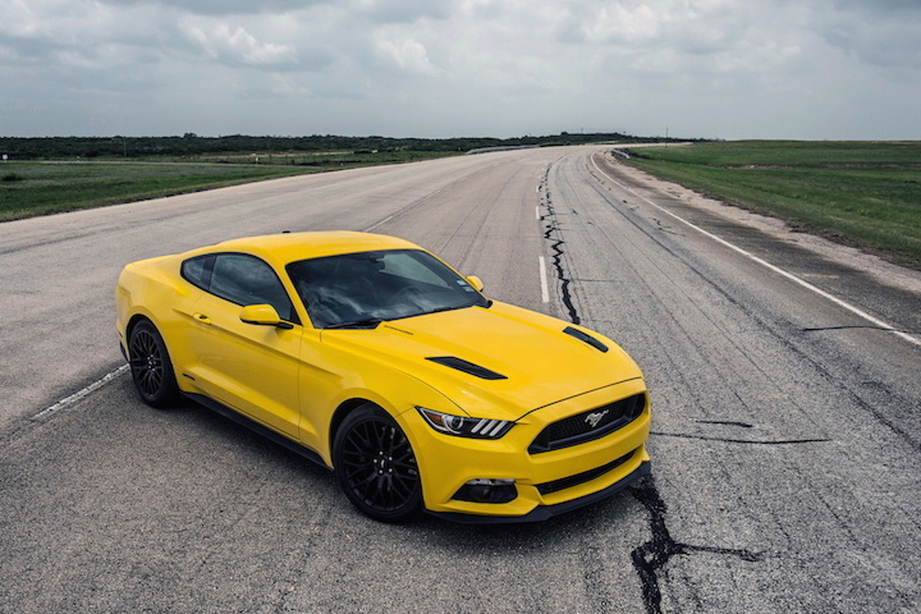 Watch The 774HP Hennessey Mustang Race to 207.9 MPH