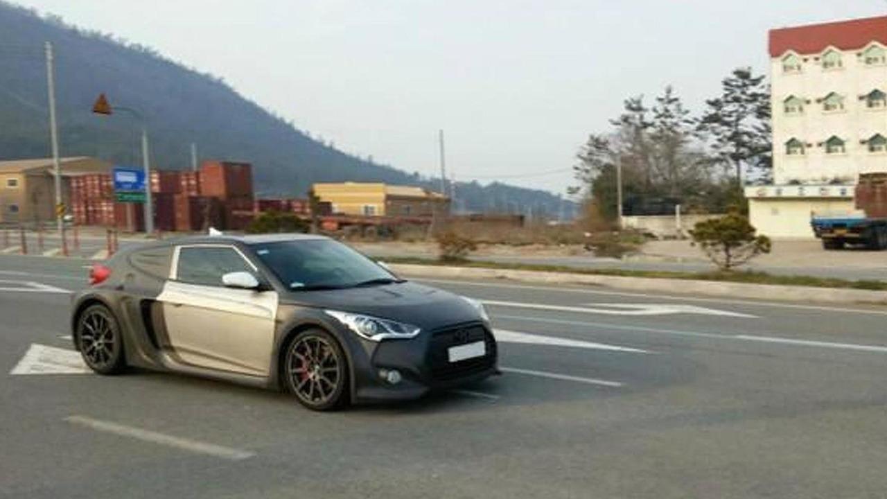 Mid-engined Hyundai Veloster