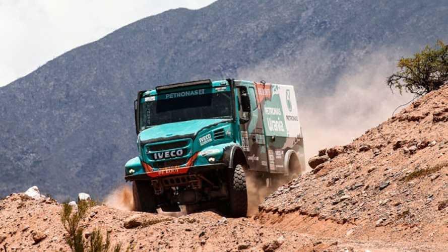 Dakar 2017, De Rooy insegue dal terzo posto