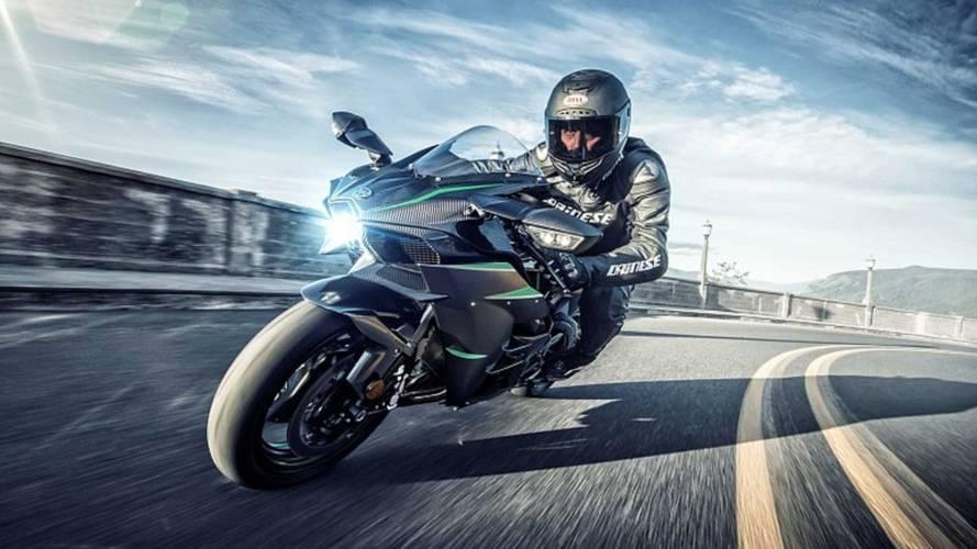 Kawasaki Unleashes 2019 Ninja H2, H2 Carbon, And H2R