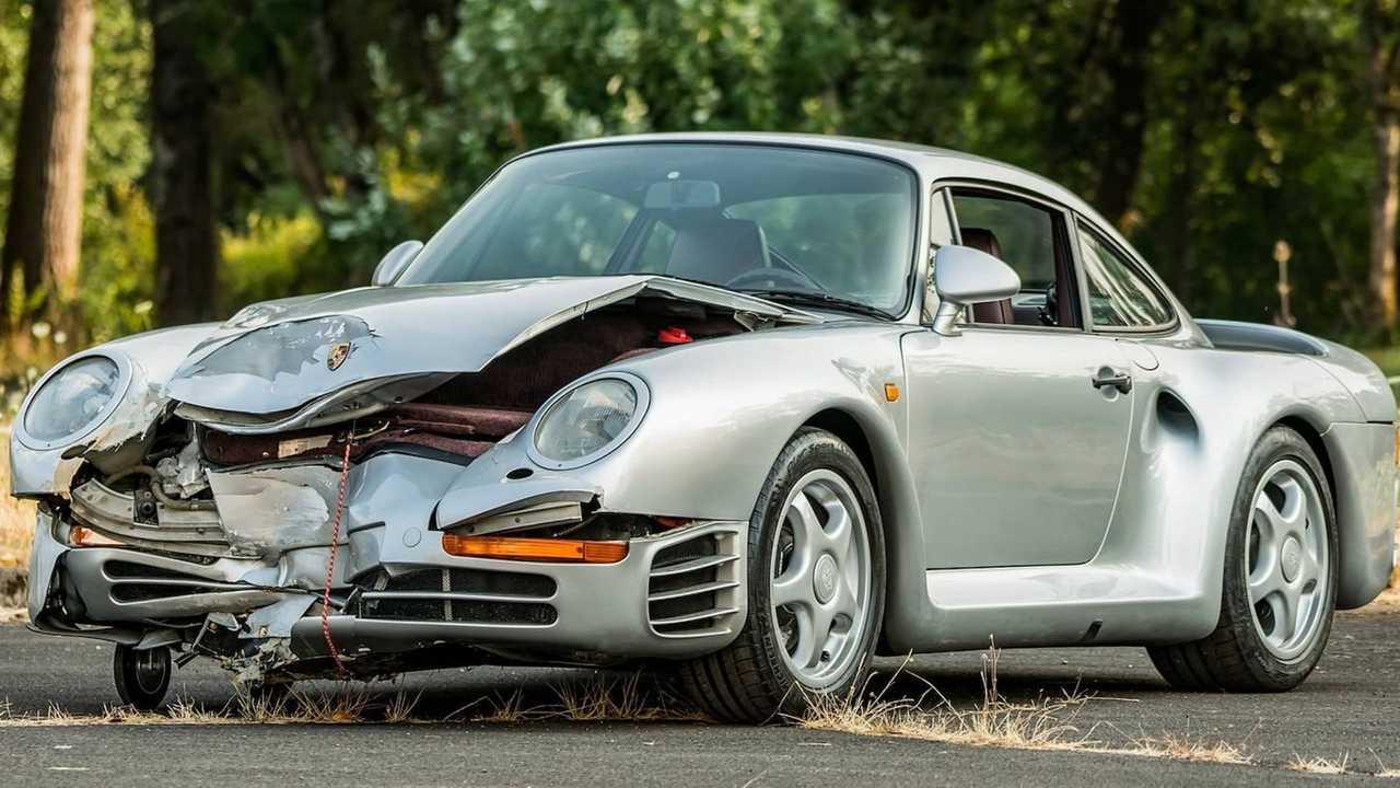 Kazalı Haliyle Satılmış Olan 1987 Porsche 959