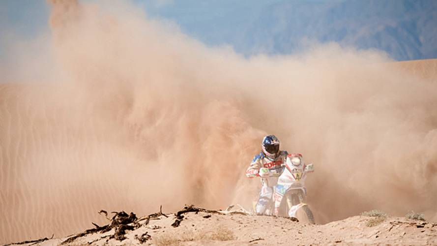 The top 10 Dakar photos, so far