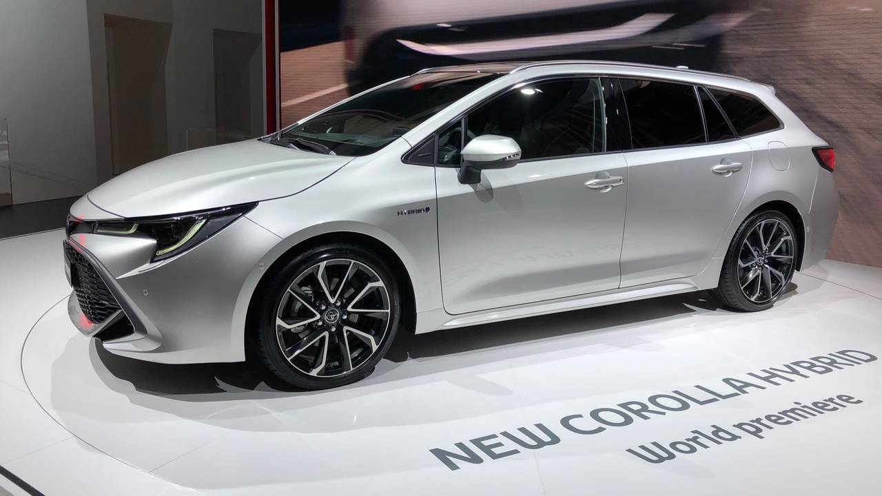 Toyota Corolla Touring Sports 2019 - Salão de Paris 2018