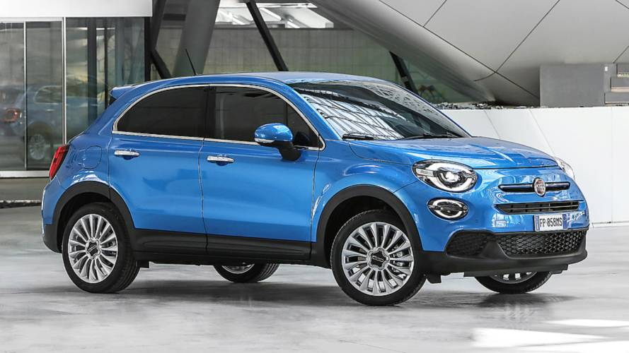 fiat 500x un restyling a 3 cilindri italia. Black Bedroom Furniture Sets. Home Design Ideas