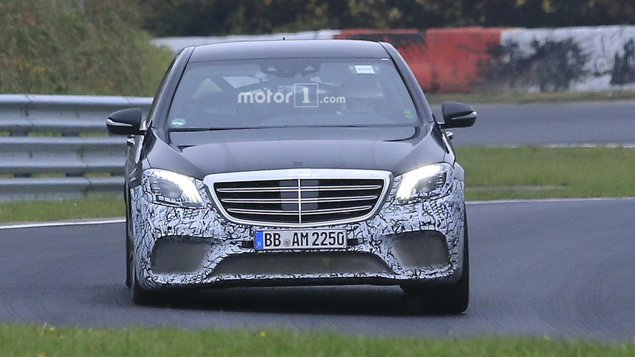 2017 Mercedes-AMG S63 facelift spy photos