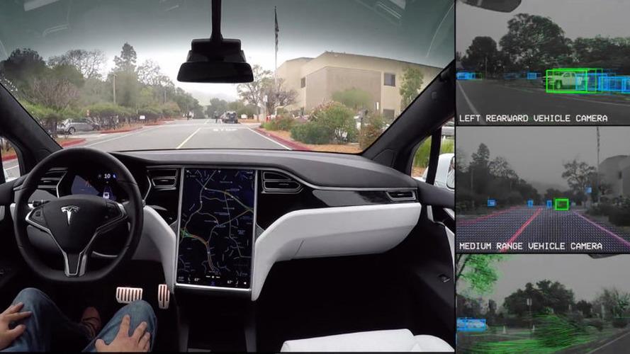 Tesla otonom sürüş esnasında yolu nasıl görüyor?