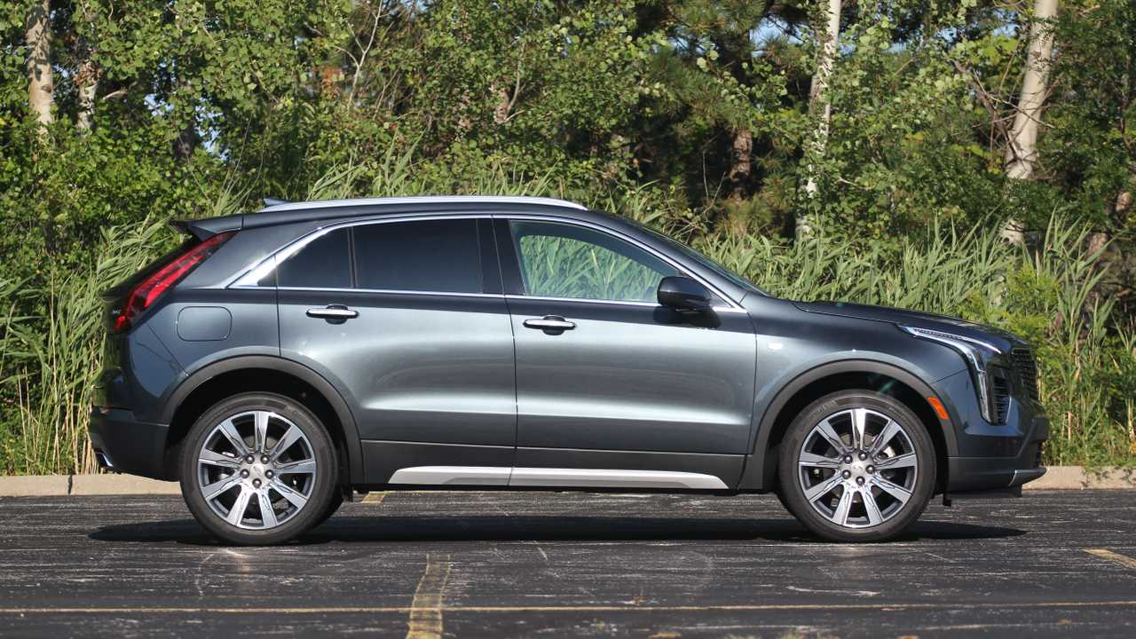 2020 Cadillac XT4 Changes, Hybrid, Price >> 2020 Cadillac Xt4 Review The Right Foot
