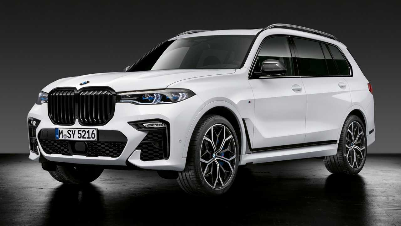 2020 BMW X7 with M Performance Parts
