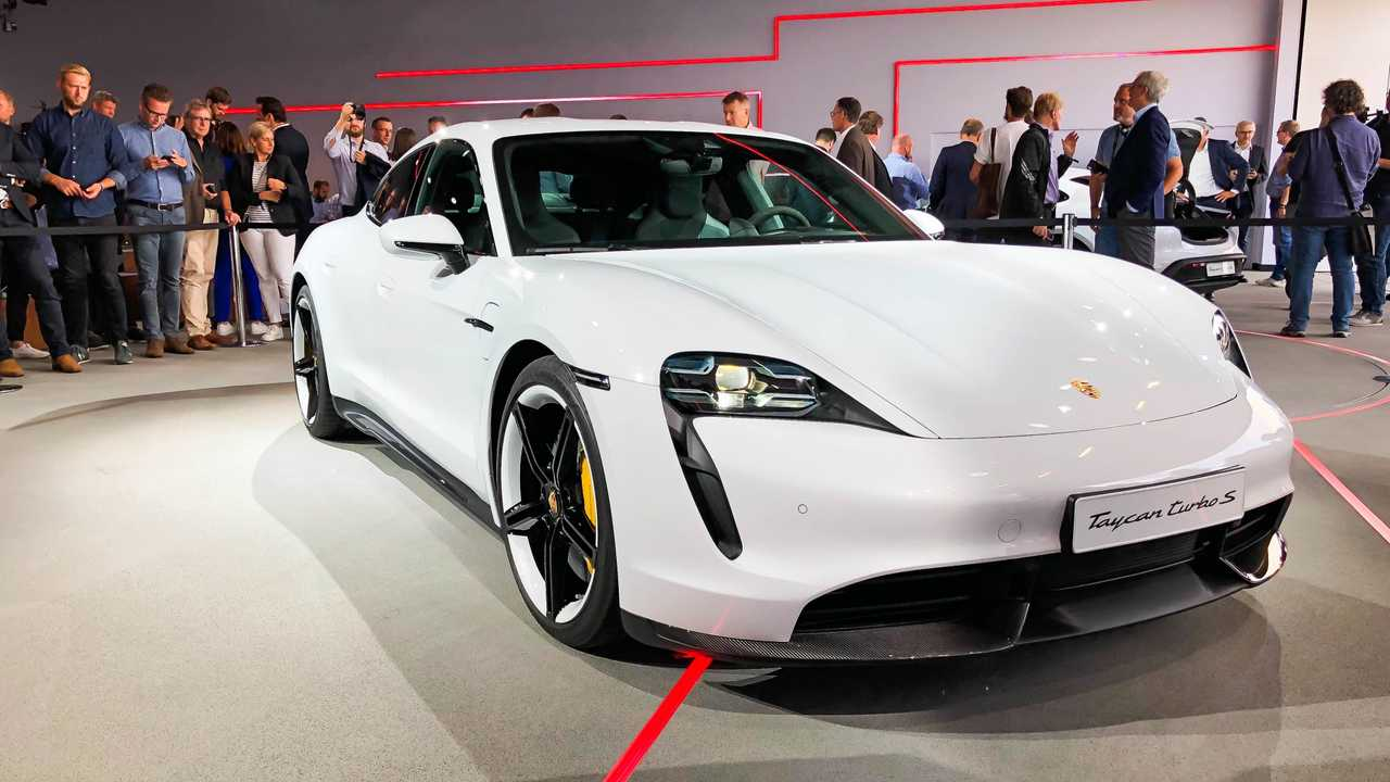 Porsche Taycan 2020 - Fotos ao Vivo