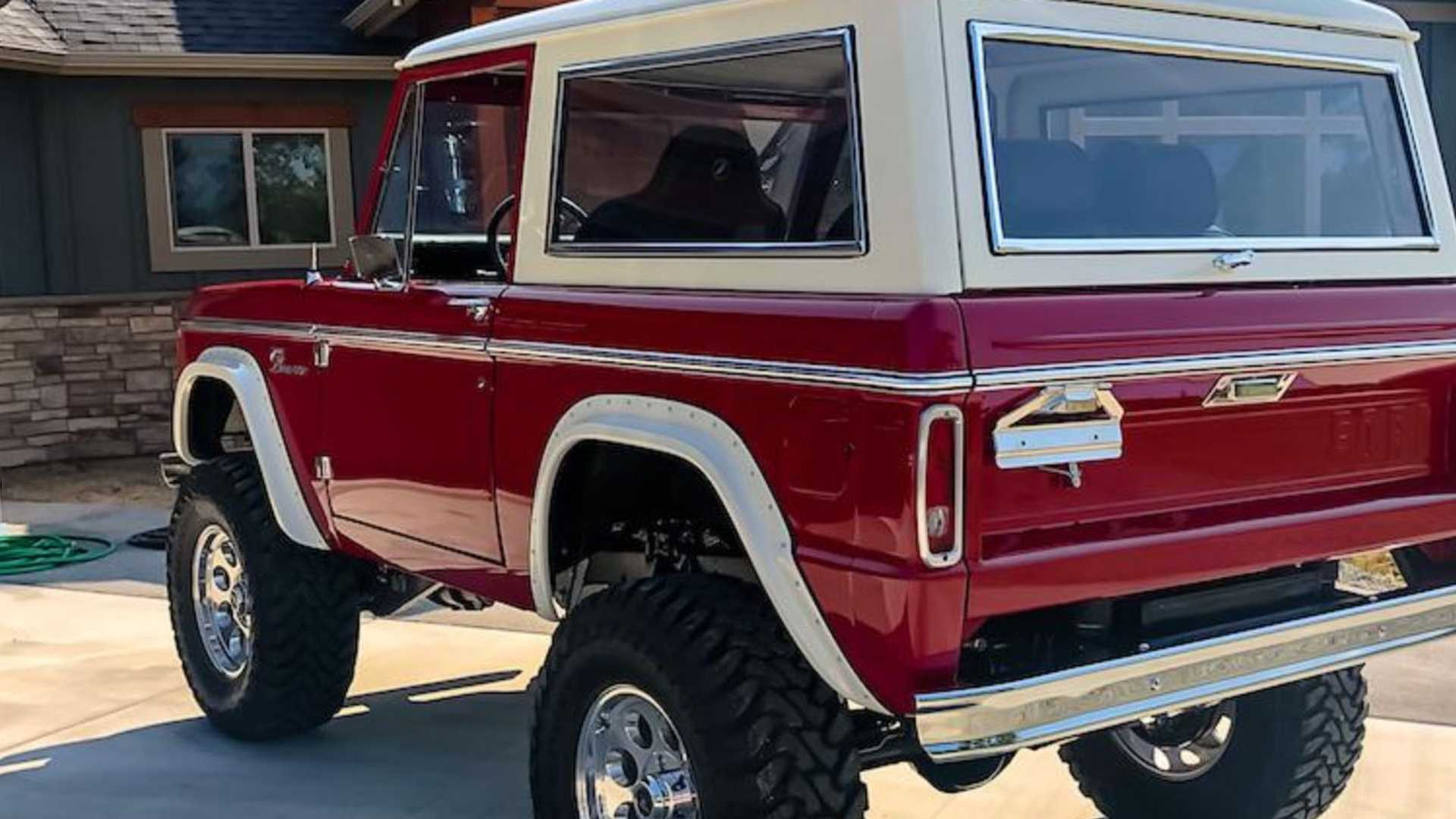 """[""""Cruise Around Town In This Newly Rebuilt 1968 Ford Bronco""""]"""