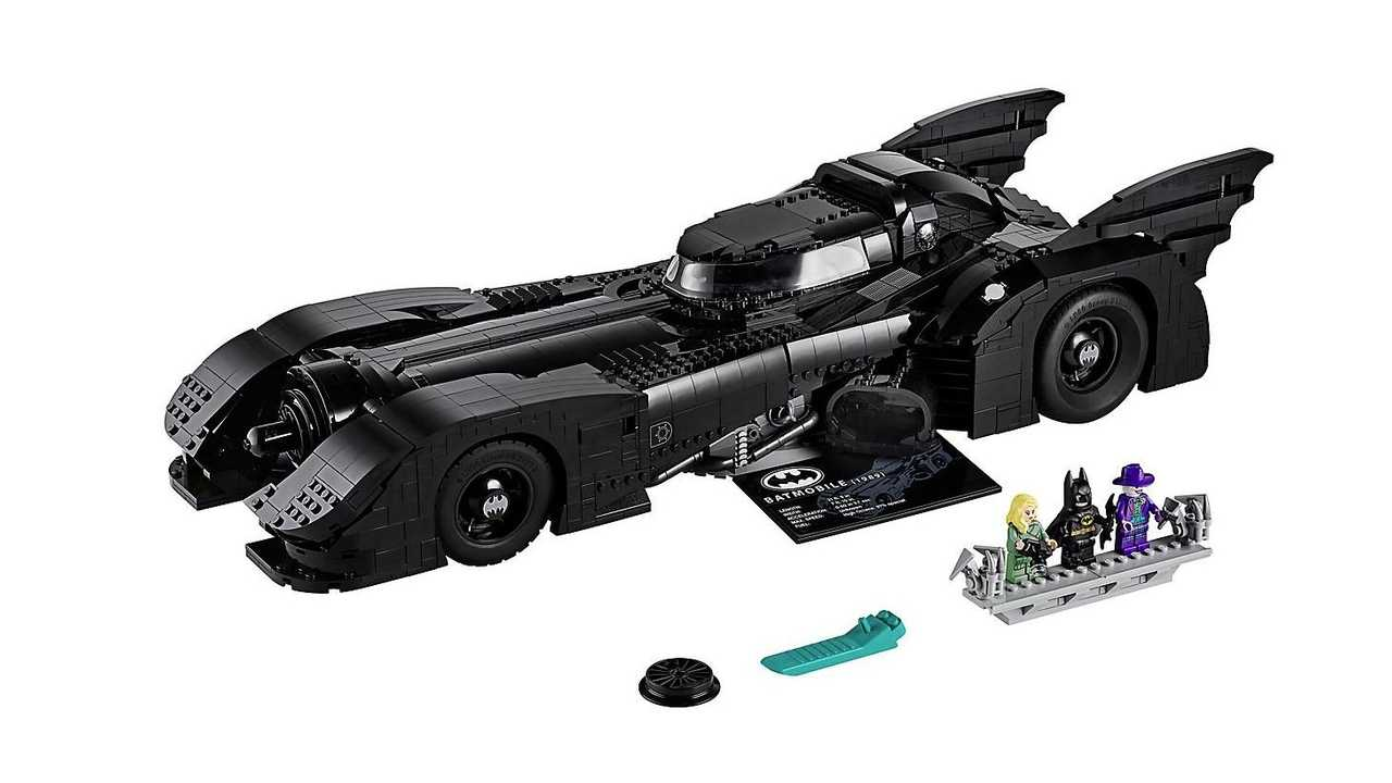 La Batmobile del 1989 by LEGO