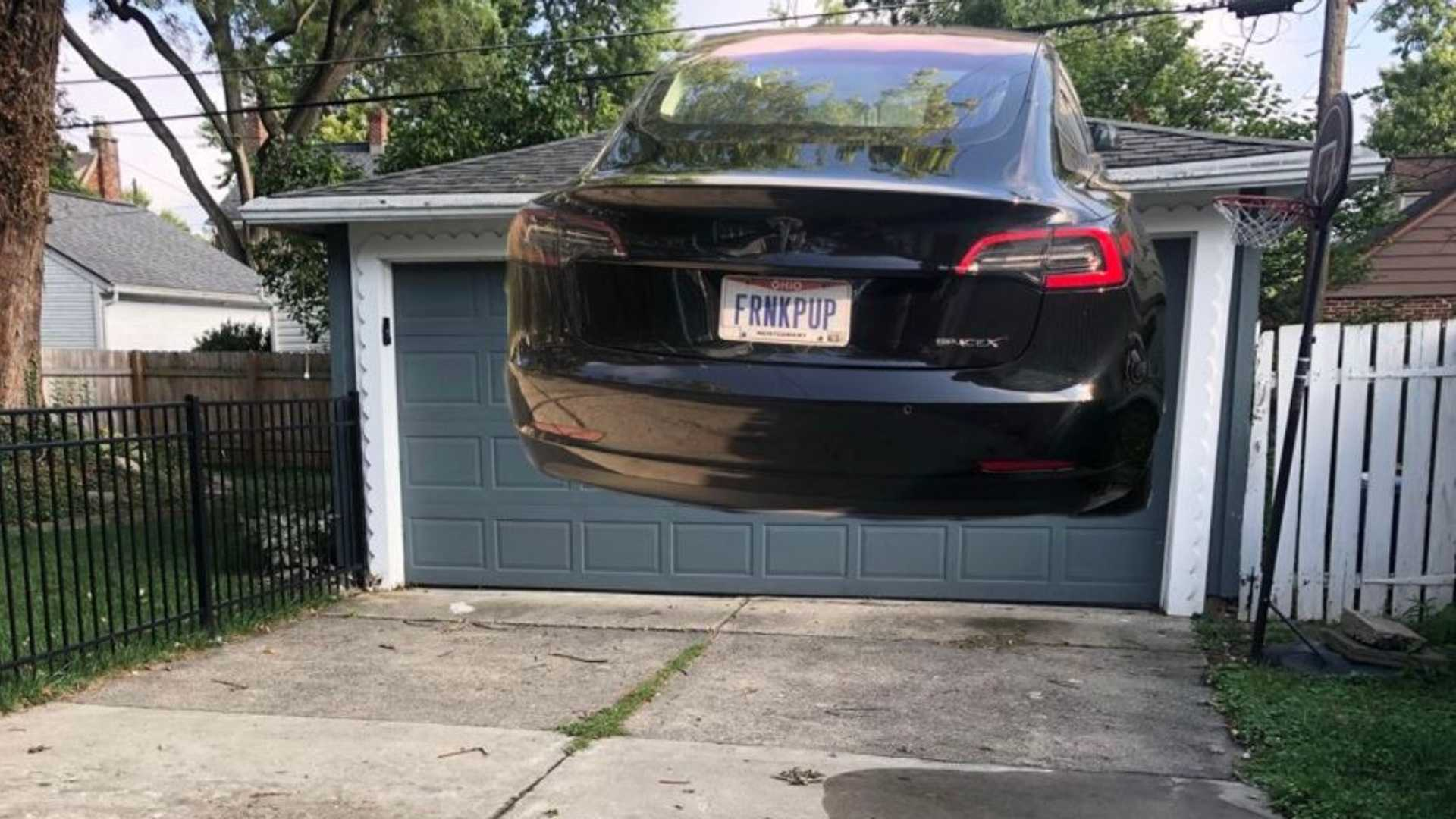 SpaceX Tesla Model 3 Update Makes Car Fly, Hard To Park