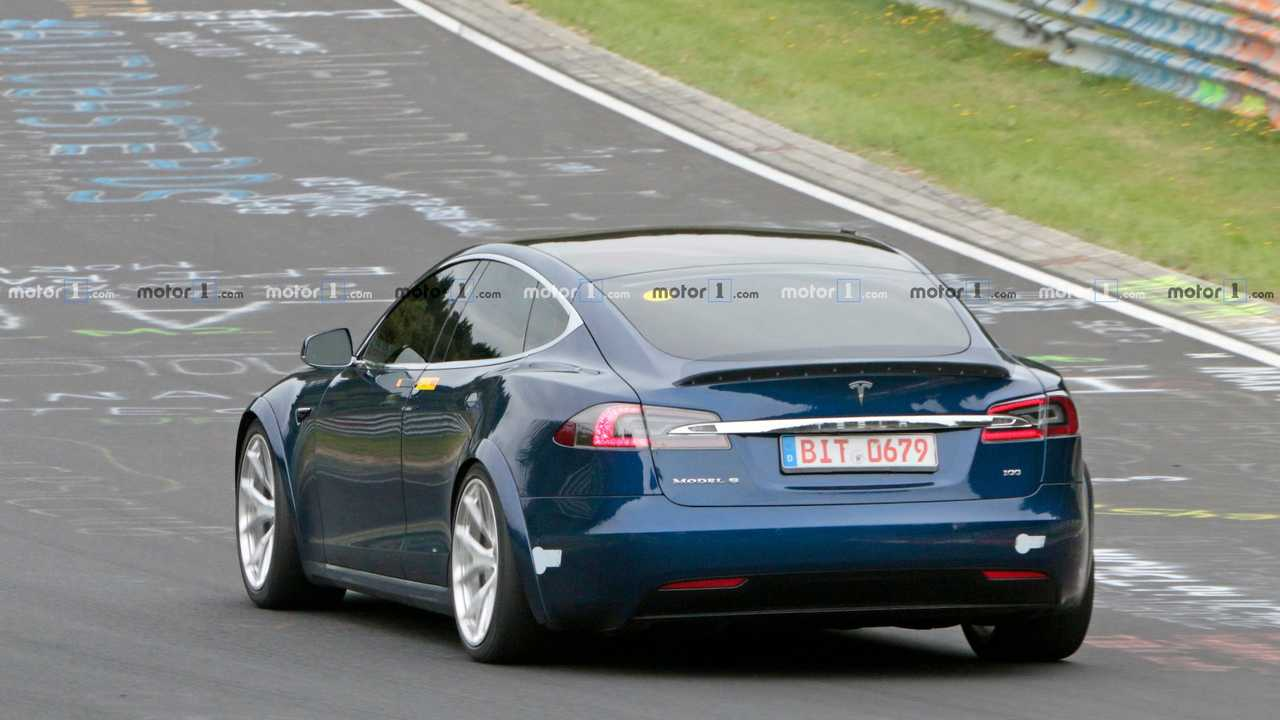 Tesla Model S Plaid prototípus