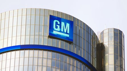 Trump Orders GM To Produce Ventilators Under Defense Production Act