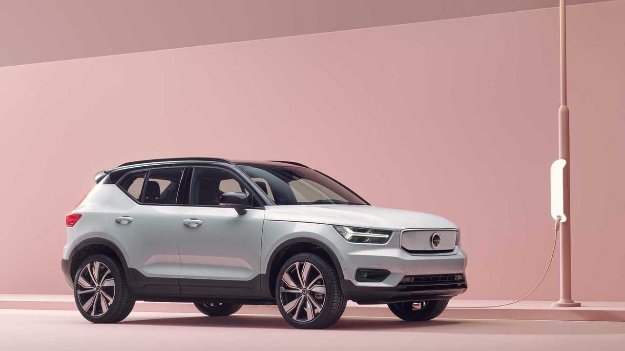 Volvo XC40 Recharge Pure Electric P8 AWD