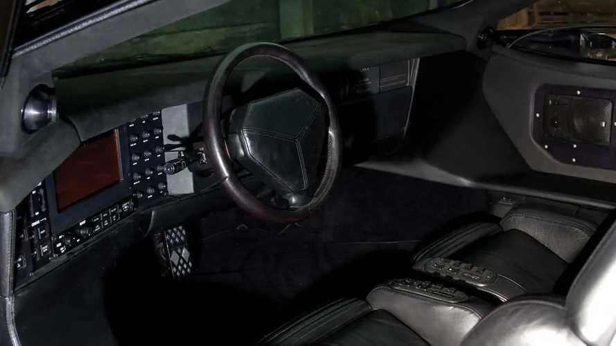 Süper Otomobil Pazar'ı: Vector W8