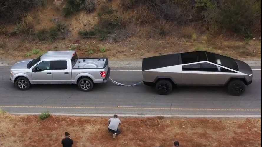 Tesla Cybertruck Tug Of War With Ford F-150 Shown In Better Video