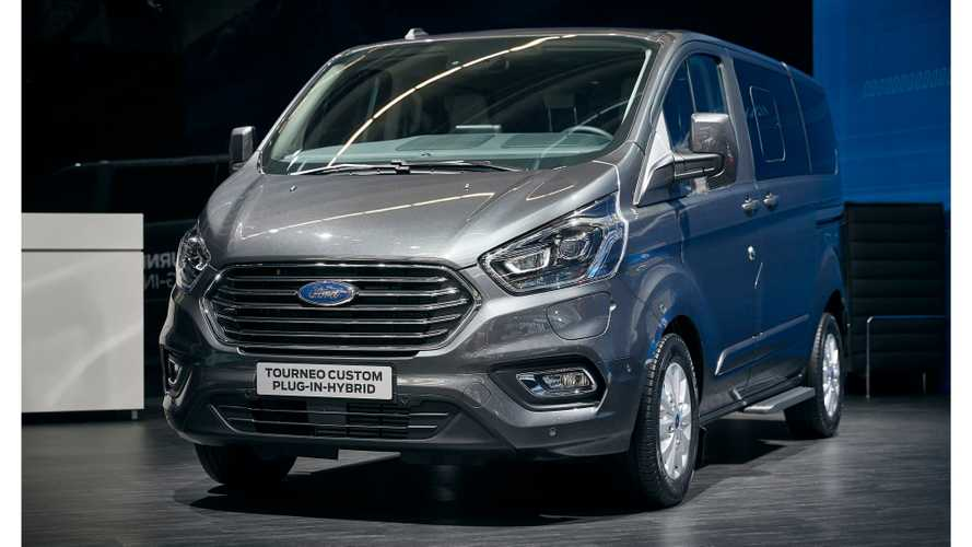 Ford Tourneo Custom Plug-In Hybrid In Frankfurt: Photos/Videos