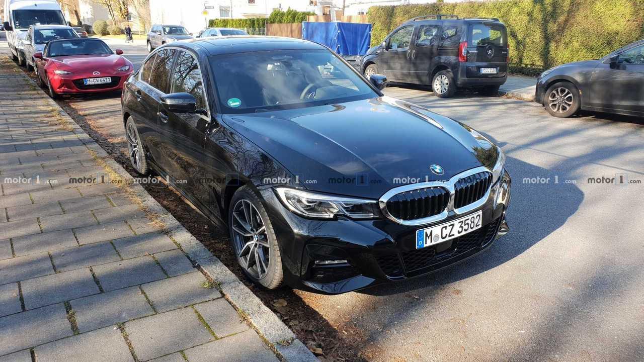 2019 BMW 3 Serisi canlı fotoğraflar
