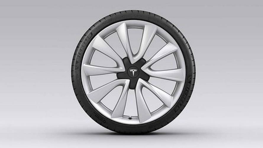 Tesla Adds $4,000, 20-Inch Sport Wheels For Model 3